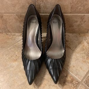 Sexy Black Elle Heels 8.5 medium